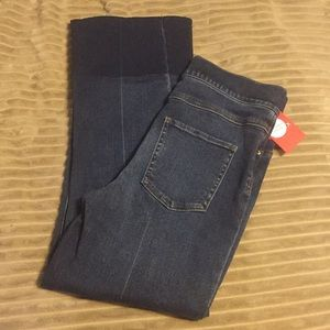 Spanx cropped flare jeans ◾️size small ▪️new